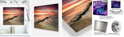 "Design Art Designart 'Wonderful Sunrise On Black Ocean' Beach Photo Metal Wall Art - 20"" X 12"""