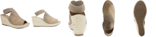 White Mountain Gabbie Wedge Sandals