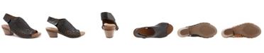 Bueno Women's Lacey Dress Sandals