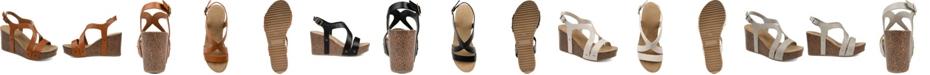 Journee Collection Women's Geneva Wedge Sandals