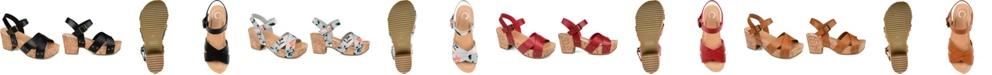 Journee Collection Women's Valentina Sandals