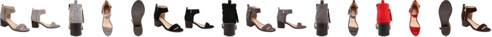 Journee Collection Women's Hunter Sandals