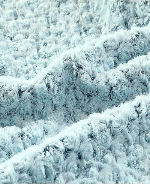 De Moocci Plush Flower Reversible Faux Fur Throw