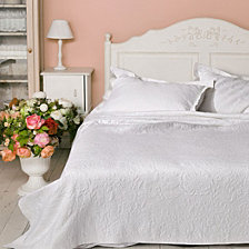 Meadowbrook Full/Queen Coverlet Set