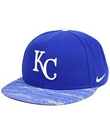 Nike Kansas City Royals Reverse New Day Snapback Cap