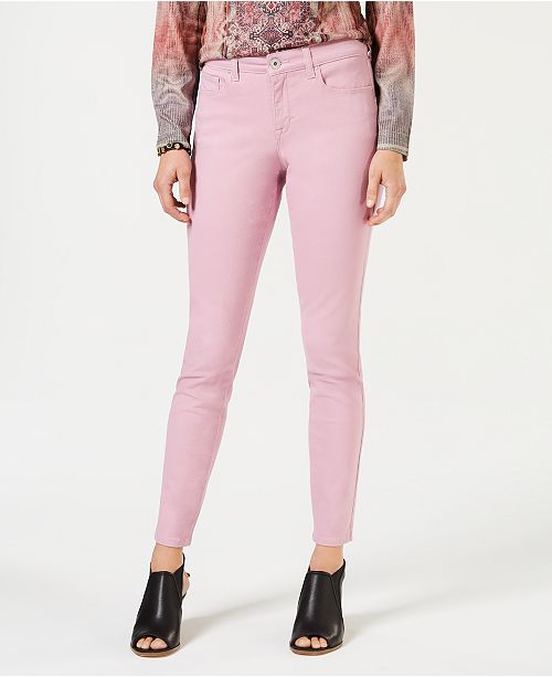 045c84aa7cb6f ... Style   Co Curvy-Fit Skinny Jeans