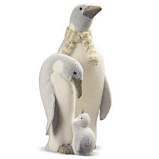 "National Tree 18"" Penguin Family"