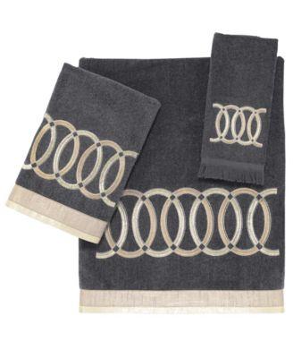 Alexa Fingertip Towel