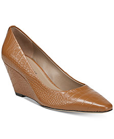 Donald J Pliner Jeri Pumps