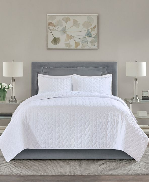 Madison Park Noel Quilted 3-Piece Full/Queen Coverlet Set