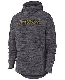 Nike Men's Michigan Wolverines Spotlight Pullover Hooded Sweatshirt