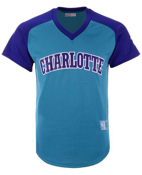 3509893cf ... Mitchell   Ness Men s Charlotte Hornets Final Seconds Mesh V-Neck ...
