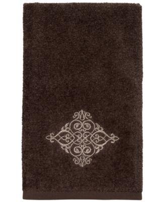 York II Fingertip Towel