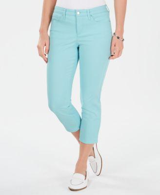 Charter Club Women/'s Plus Size Bristol Tummy-Control Capri Jean Pants,