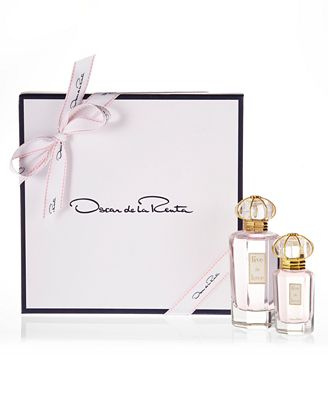 Complimentary Gift Box with purchase of any 2 Oscar de la Renta fragrance items