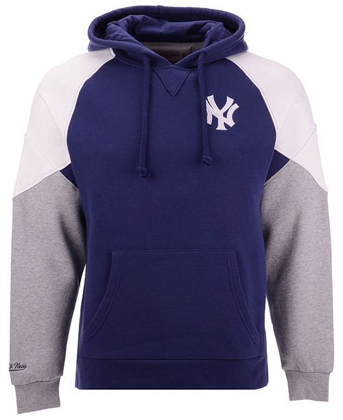 93243133c ... Mitchell   Ness Men s New York Yankees Trading Block Hoodie ...