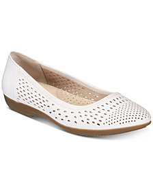 Cliffs by White Mountain Carrie Ballet Flats