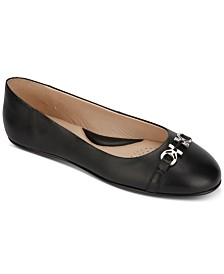 Kenneth Cole New York Women's Gale Flats