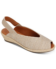 Gentle Souls by Kenneth Cole Women's Luci Slingback Espadrilles