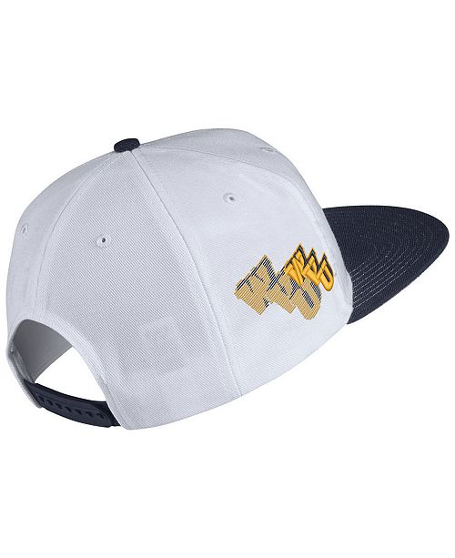 los angeles 233bf fb53b Nike West Virginia Mountaineers Sport Specialties Shadow Snapback Cap ...