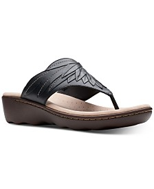 Clarks Collection Women's Phebe Pearl Thong Sandals