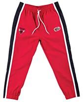 8564f1e229f3 Mitchell   Ness Men s Chicago Bulls Tear Away Jogger Pants