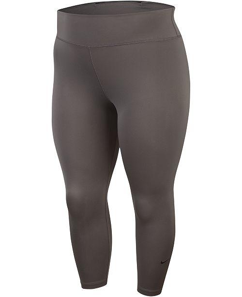Nike Plus Size Cropped Leggings