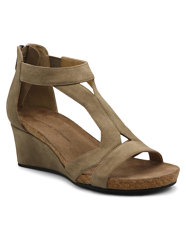 Adrienne Vittadini sand wedge sandal