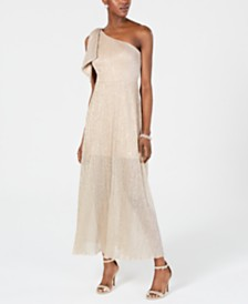 Betsy & Adam Petite One-Shoulder Metallic Gown