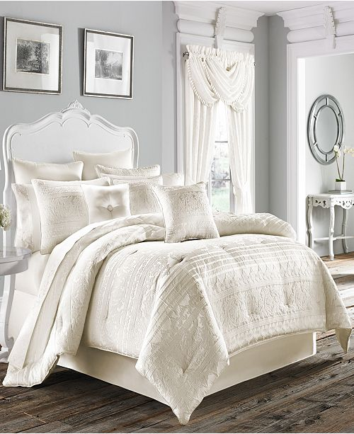 J Queen New York Five Queens Court Mackay Bedding Collection
