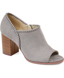 Journee Collection Women's Kimana Bootie