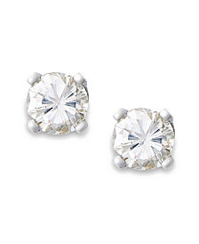 Round-Cut Diamond Stud Earrings in 10k Yellow or White Gold (1/10 ct. t.w.)