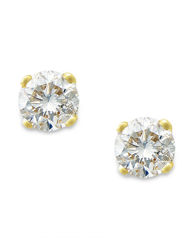 Round-Cut Diamond Stud Earrings in 10k Yellow or White Gold (1/6 ct. t.w.)
