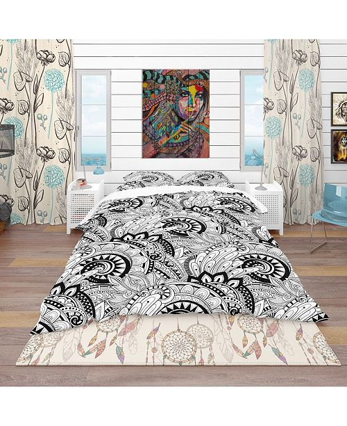 Design Art Designart 'Monochrome Abstract Floral Pattern' Bohemian and Eclectic Duvet Cover Set - Twin
