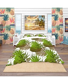 Designart 'Pineapple With Leaves Repeat Pattern' Tropical Duvet Cover Set - King