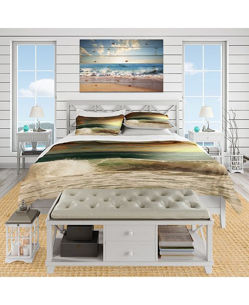 Design Art Designart 'Rushing Waves Under Heavy Clouds' Beach Duvet Cover Set - Twin