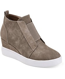 Journee Collection Women's Clara Wedges
