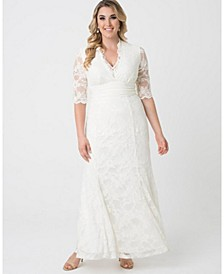 Women's Plus Size Amour Lace Wedding Gown