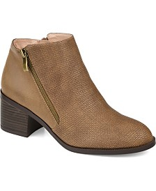 Journee Collection Women's Sabrina Booties