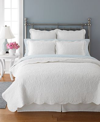 CLOSEOUT! Martha Stewart Collection Damask Trace White Quilts ... : white quilt bedding - Adamdwight.com
