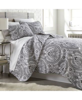 Pure Melody Lightweight Classic Paisley Quilt and Sham Set, Full/Queen