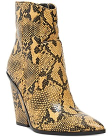 Steve Madden Women's Rarely Western Booties