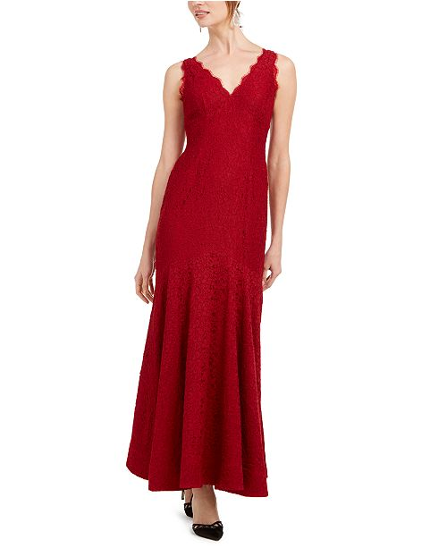 Adrianna Papell Petite Scalloped Lace Gown