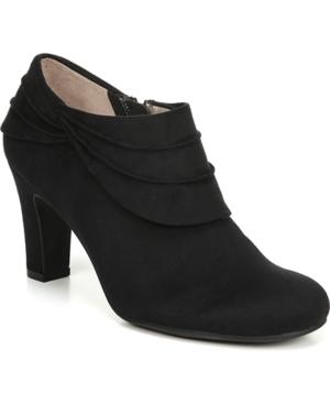 Corie Shooties Women's Shoes