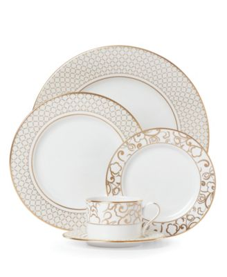Venetian Lace Gold 5-Piece Place Setting