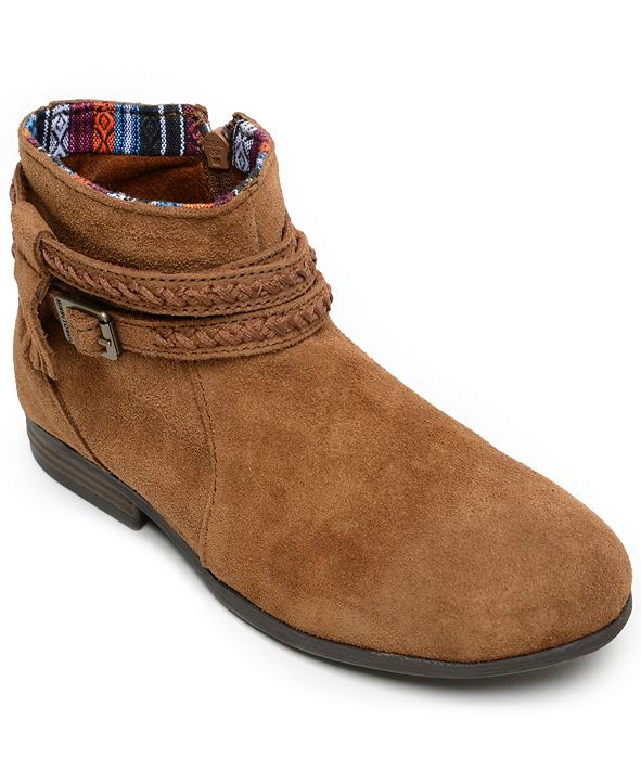 Minnetonka Dixon Narrow Boot