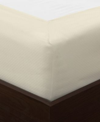 Diamond Matelassé Box Spring Cover, King