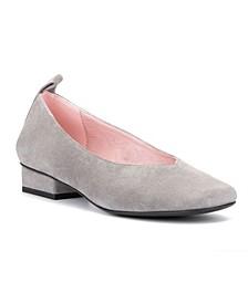 Low Heeled Ballet Flats