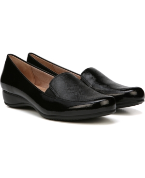 Dara Black Slip-ons Women's Shoes