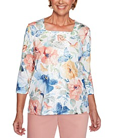 Pearls of Wisdom Lace-Panel Printed Top